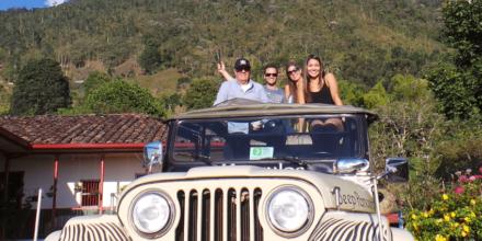 jeep palma de cera y cesteria